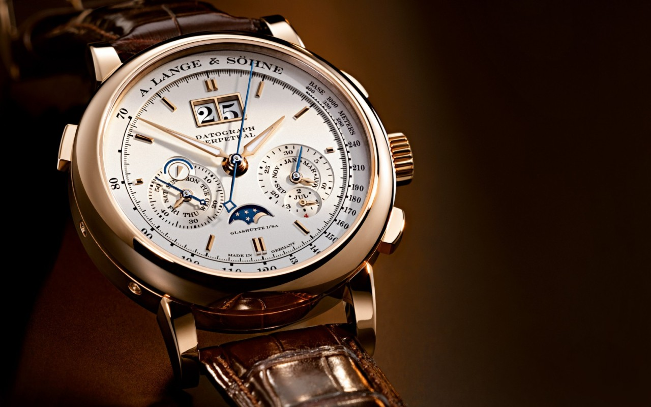 SetWidth1680-Lange-Datograph-Perpetual-Rotgold-Pink-Gold-410032-B1[1]
